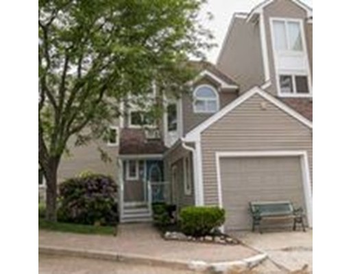 54 Pointe Rok Drive, Worcester, MA 01604