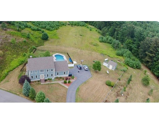 25 Evergreen Road, Norfolk, MA
