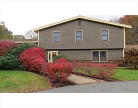 Property for sale at 2 Skoshi Rd, Easton,  Massachusetts 02375