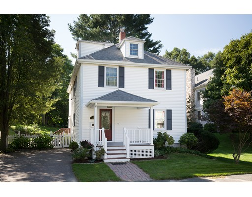 12 Hastings Street, Wellesley, MA