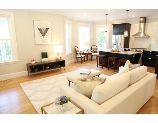 40 Evergreen Avenue, Somerville, MA 02145