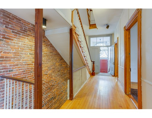 33 Mount Vernon Street, Boston, MA 02108