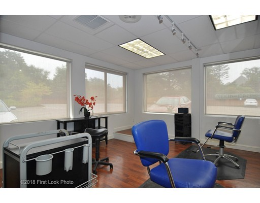 105 South St, Plainville, MA 02762