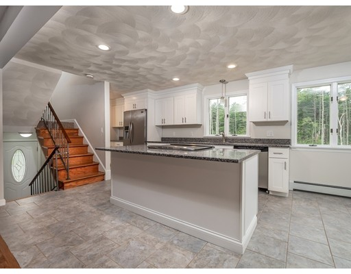 71 Term Terrace, Tewksbury, MA