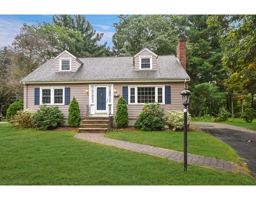 76 Willow Street, Reading, MA