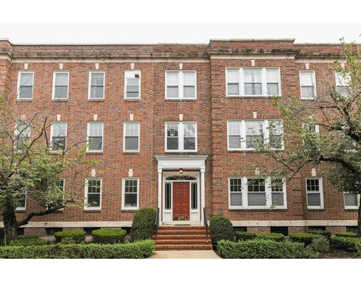 18 Alton Court, Brookline, MA 02446