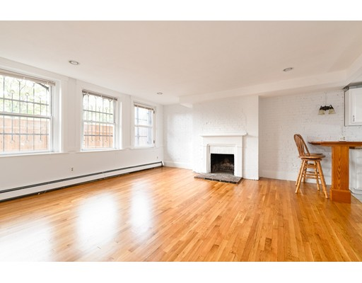 462 Beacon Street, Boston, MA 02115