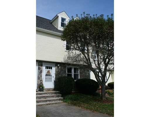 108 Merrimack Meadows Lane, Tewksbury, MA 01876