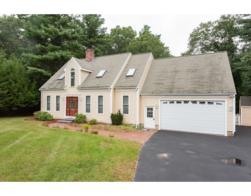 7 Anna May Circle, Bridgewater, MA