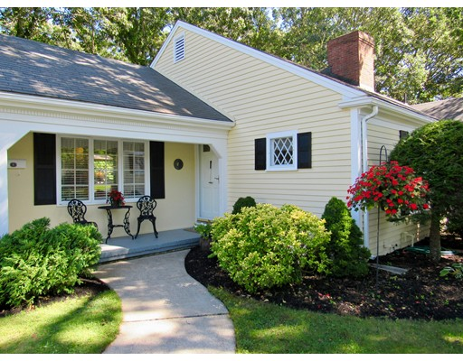 18 Out Of Bounds Drive, Yarmouth, MA