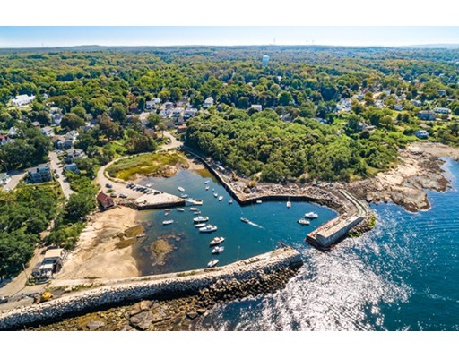 1082 Washington Street, Gloucester, MA