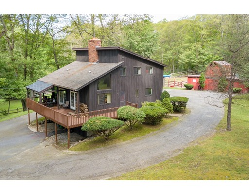 8-A Valley Forge Circle, West Boylston, MA