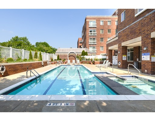 950 Massachusetts Avenue, Cambridge, Ma 02139