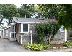 13 Woodland Cir, Wareham, MA 02571