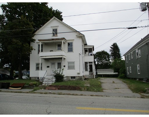 977-979 Lakeview Avenue, Lowell, MA 01850