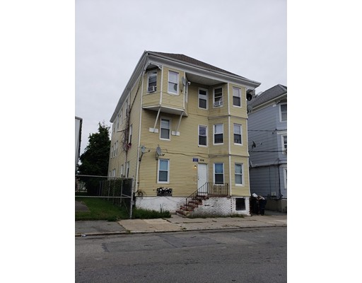 596 S 2nd Street, New Bedford, MA 02744