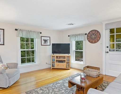 36 Great Road, Bedford, MA 01730