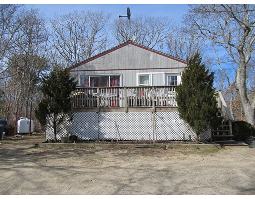 385 County, Oak Bluffs, Ma