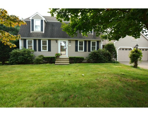 19 Level Acres Road, Attleboro, MA