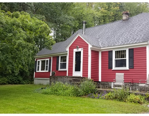 Photo of 50 Lakeview Ave Tyngsborough MA 01879