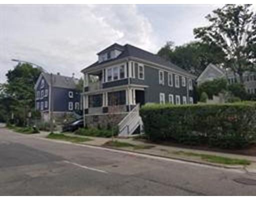 701 Hammond Street, Brookline, Ma 02467