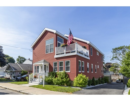 37 Bay View Avenue, Winthrop, MA