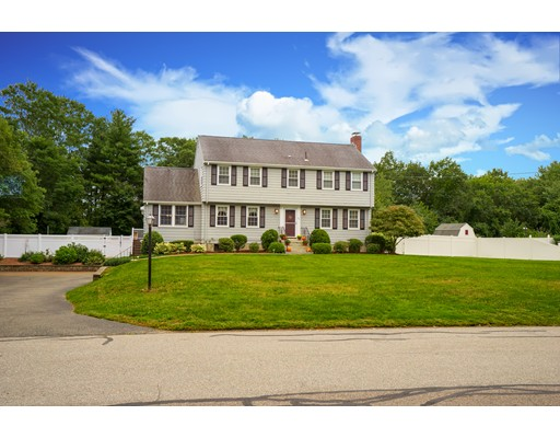 95 Sycamore Drive, Westwood, MA