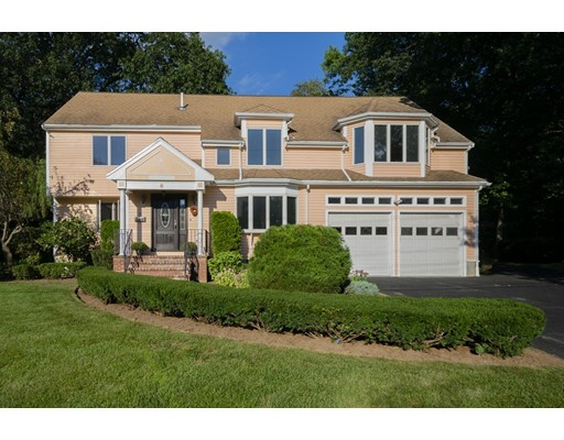 8 Peachtree Road, Lexington, MA