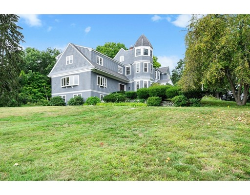 1 Combs Way, Chelmsford, MA
