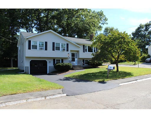 19 Blueberry Hill Road, Woburn, MA