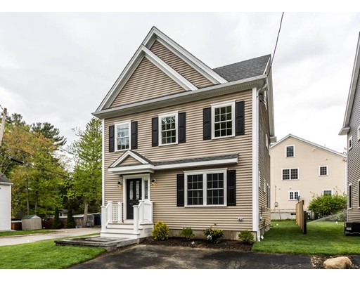 76 Pine Hill Circle, Waltham, MA