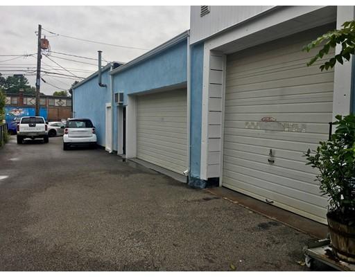 14 HAWTHORN Street, Newton, MA 02458