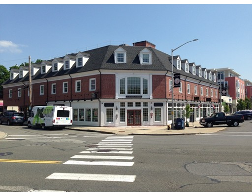 2 Haven Street, Reading, MA 01867