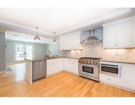 527 East Broadway, Boston, MA 02127