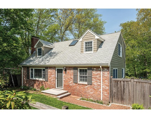 315 Reservoir Road, Brookline, MA