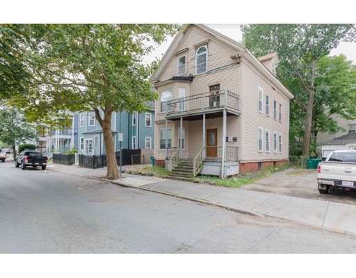 47 Estes Street, Lynn, MA 01902