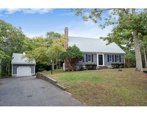 435 Thousand OAKS Brewster MA 02631