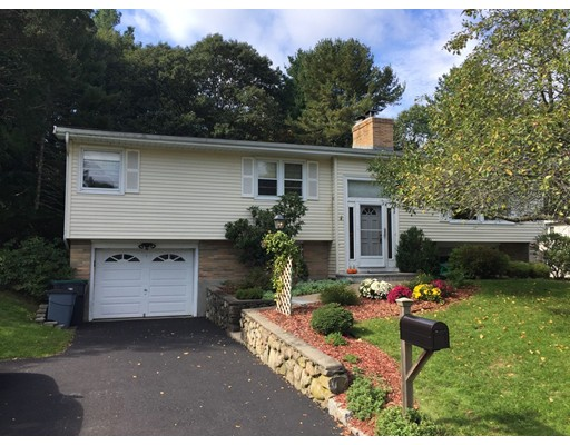28 Peterson Road, Natick, MA