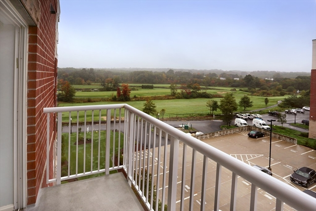 36 Village Rd, Middleton, MA, 01949, Essex Home For Sale