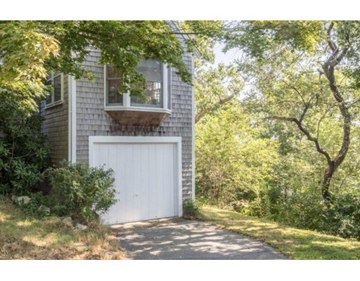 3 bed, 1 bath home in Chatham for $2,995,000