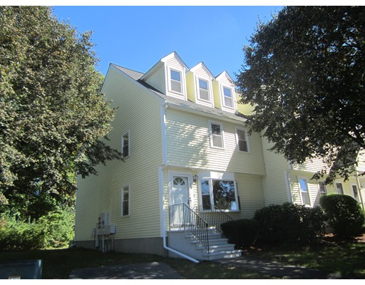 27 Merrimack Meadow Lane, Tewksbury, MA 01876