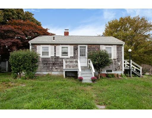 6 Wood Avenue, Sandwich, MA