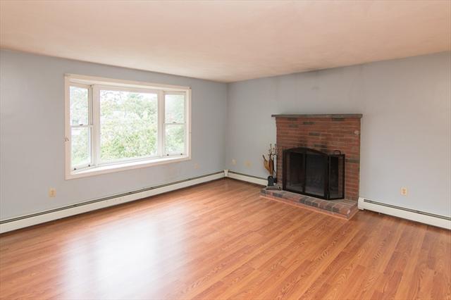 10 River Drive, Attleboro MA Real Estate Listing | 72407049