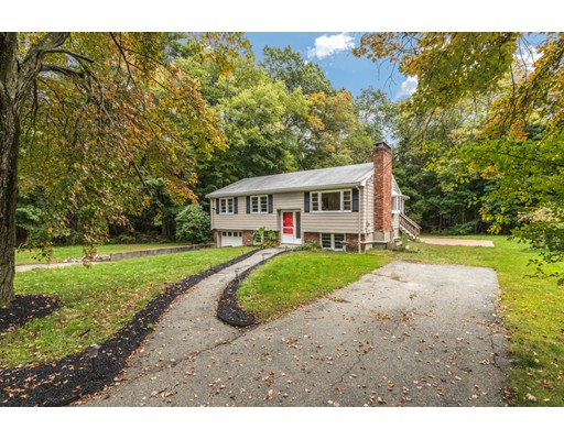 13 Hunt Road, Bedford, MA