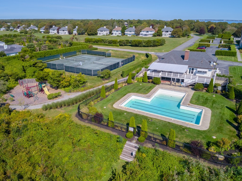 30 north shore drive dartmouth 02748 south dartmouth even keel realty inc for Dartmouth swimming pool opening times