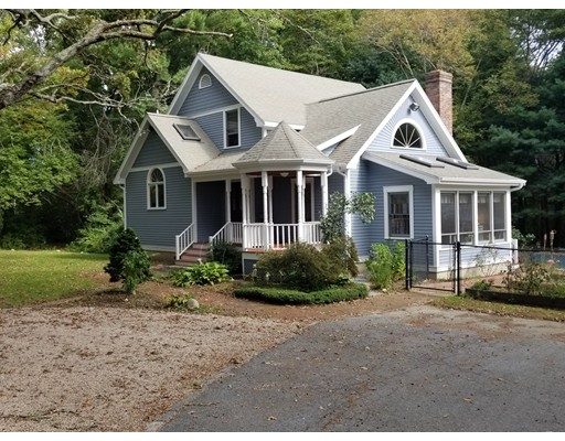 838 Middle Rd, Acushnet, MA 02743