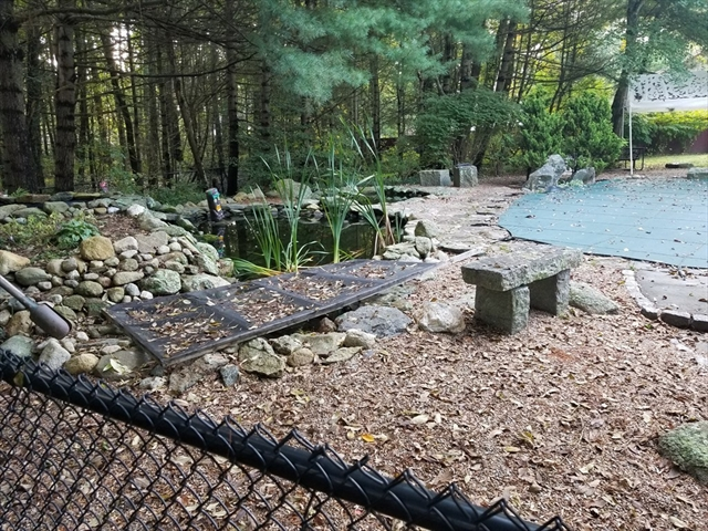 838 Middle Road Acushnet MA 02743