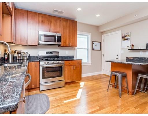 9 Silvey Place, Somerville, MA 02143