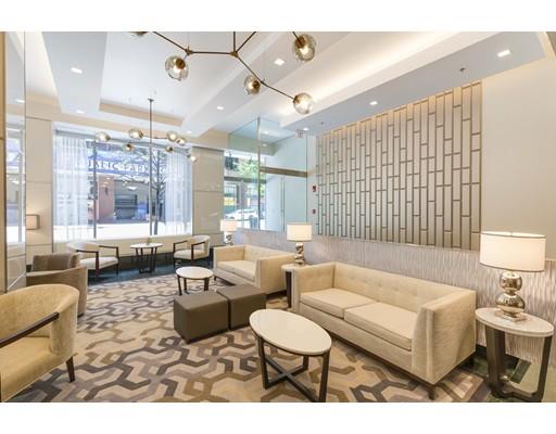 1 Charles St S #902 Floor 9