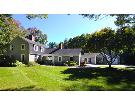5 Congressional Avenue, Plaistow, NH